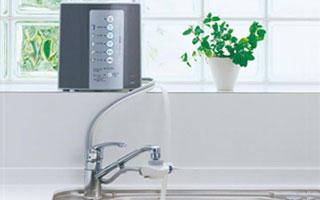 キッチンアルカリイオン水生成器